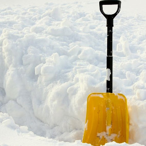 Narzędzia do pozbywania się lodu i śniegu